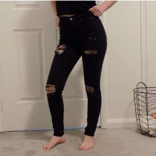 TOPSHOP ripped black denim jeans. Petite.