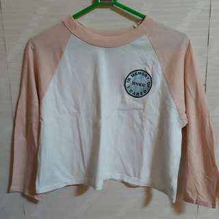 Forever 21 F21 Pale Peach and White Statement Patch Baseball Raglan Shirt Tee Tshirt