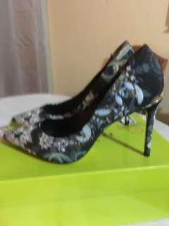 Ted Baker London : laorell women heels, precious snakes