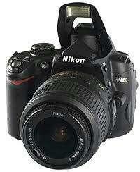 Nikon D5000 Full set, Mulus, fungsi normal semua
