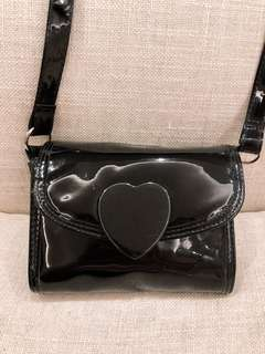Stylish petit black clutch