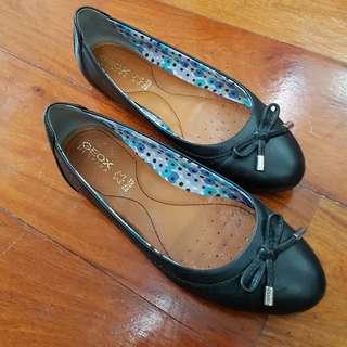 Black Flats (re-priced)