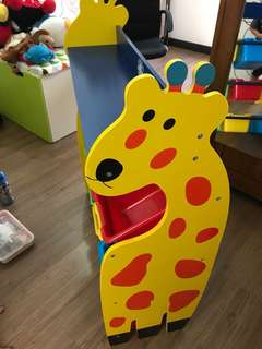 Giraffe Toy Storage Rack