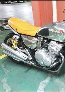 A RARE Honda cb400-NC36 for sale