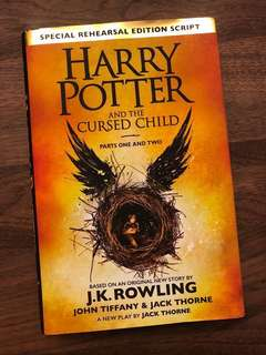 Harry Potter and the Cursed Child 硬皮書