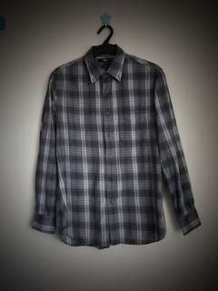 Uniqlo gray checkered longsleeve medium slim fit