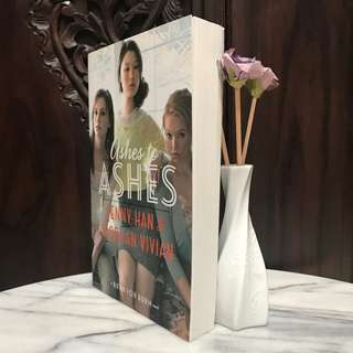 Ashes to Ashes - Jenny Han & Siobhan Vivian - English