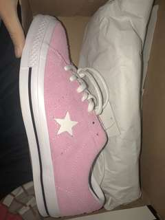 Pink Converse One star