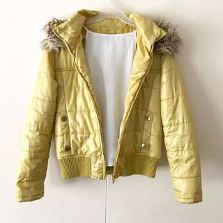 Yellow Fur Hoooded Quilt Jacket #winllaollao!