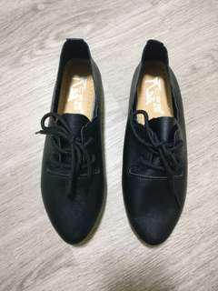Brand new black oxford shoes size 38