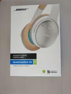 Bose QC25 Noise-Cancelling Headphones