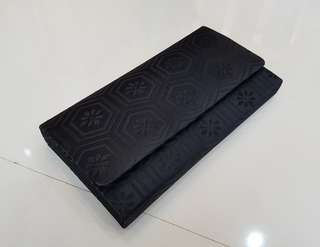 Formal pouch bag