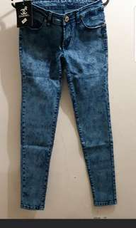 Jeans chanell