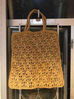 夏日編織草袋, 襯衫必然首選 straw bag