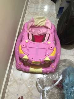 Baby Walker pink besar