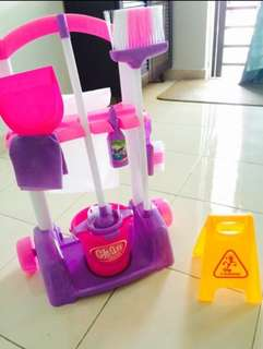 Little Helper Toys Playset Cleaner Cleaning Cart Pretend Play Toy Kids