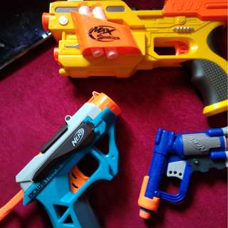 Assorted toy guns