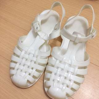 Rubi jelly sandals (Cotton On)