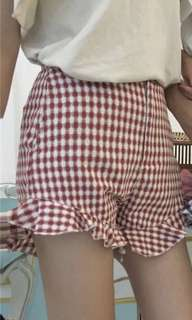 🚚 Gingham Checkered Red Highwaisted Shorts