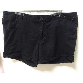 🚚 NET 休閒牛仔短褲(黑/白) #女裝半價拉