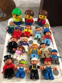 Duplo figures - including Bob the Builder
