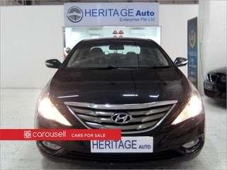 Hyundai i45 2.0A