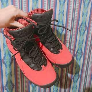 籌狗的醫藥費,Jordan 10代黑紅 童鞋7y25cm