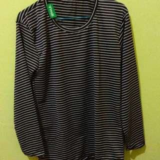 stripe hitam putih