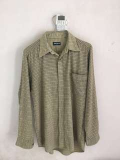 Preloved Flannel Uniqlo Green Ukuran M