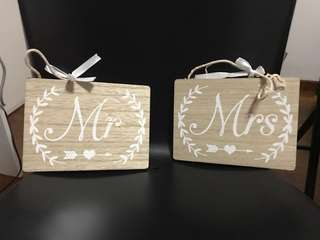 Mr and Mrs signages  wedding table decorations