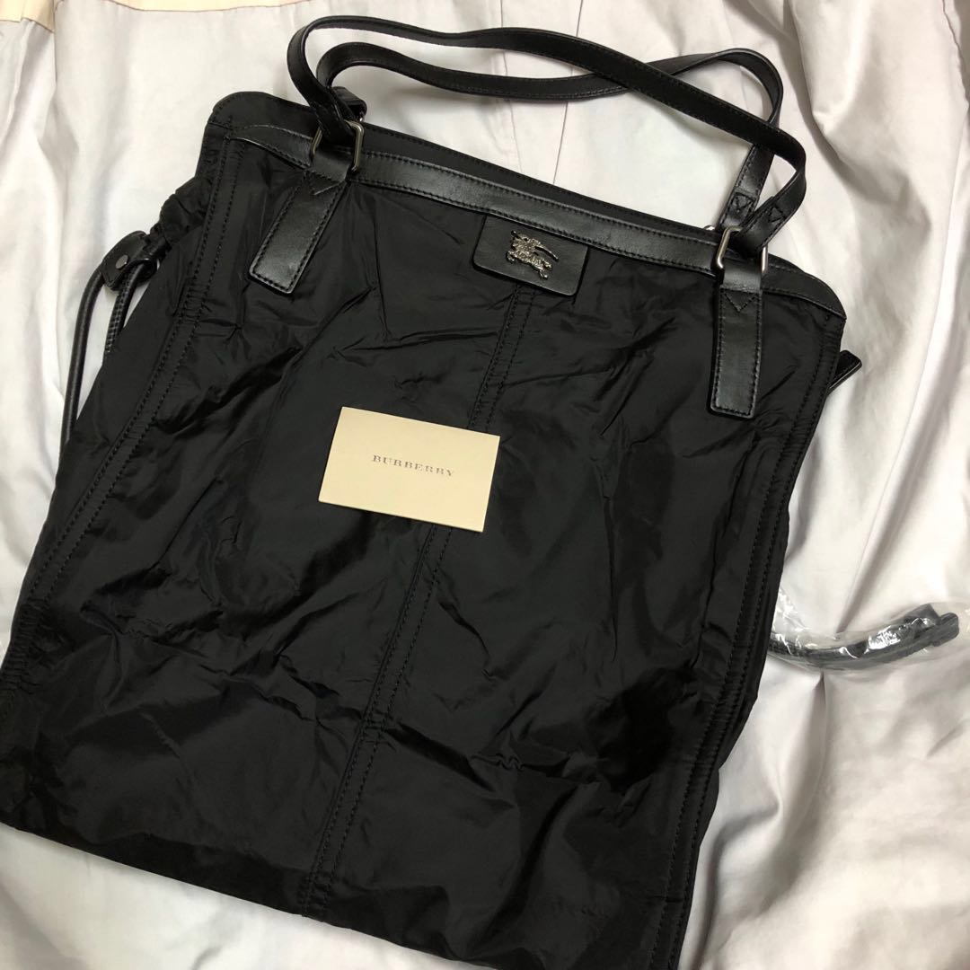 1e7184b47c3c Authentic Burberry Packable Nylon Buckleigh Tote Black