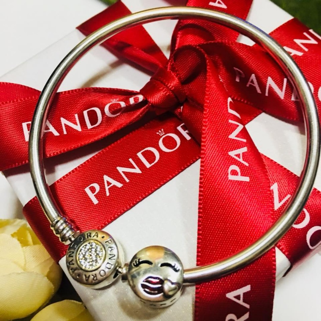 d2bc4973b Authentic Pandora Charm Bead Red Enamel Lips Smile Face Love Heart ...