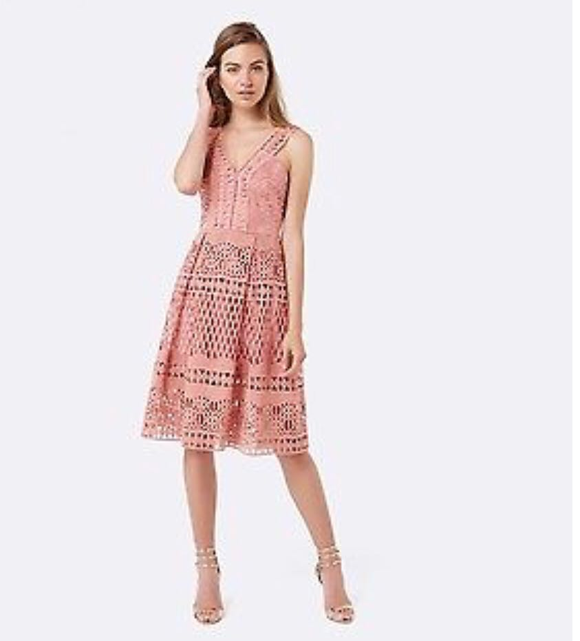 bb913f8965e Forever New Self Portrait style dress