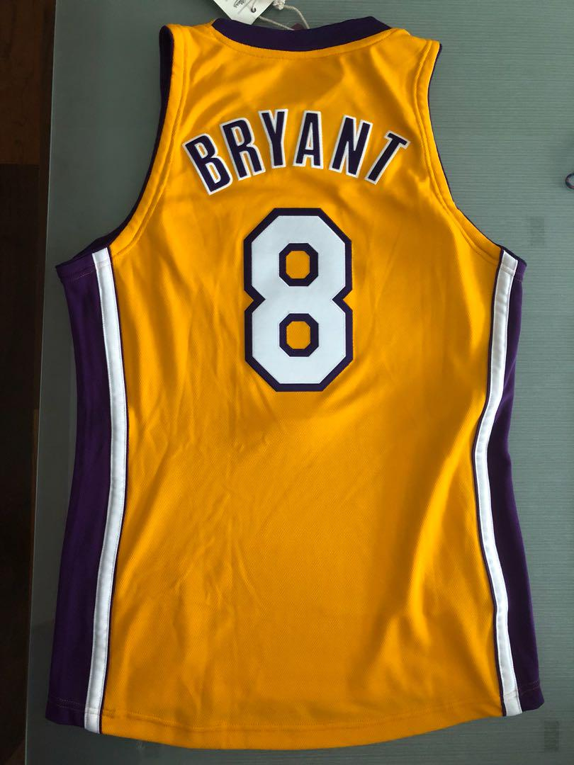 super popular c80bf 53d2c Kobe Bryant Jersey Mitchell and Ness M&N rare! Size 40 ...