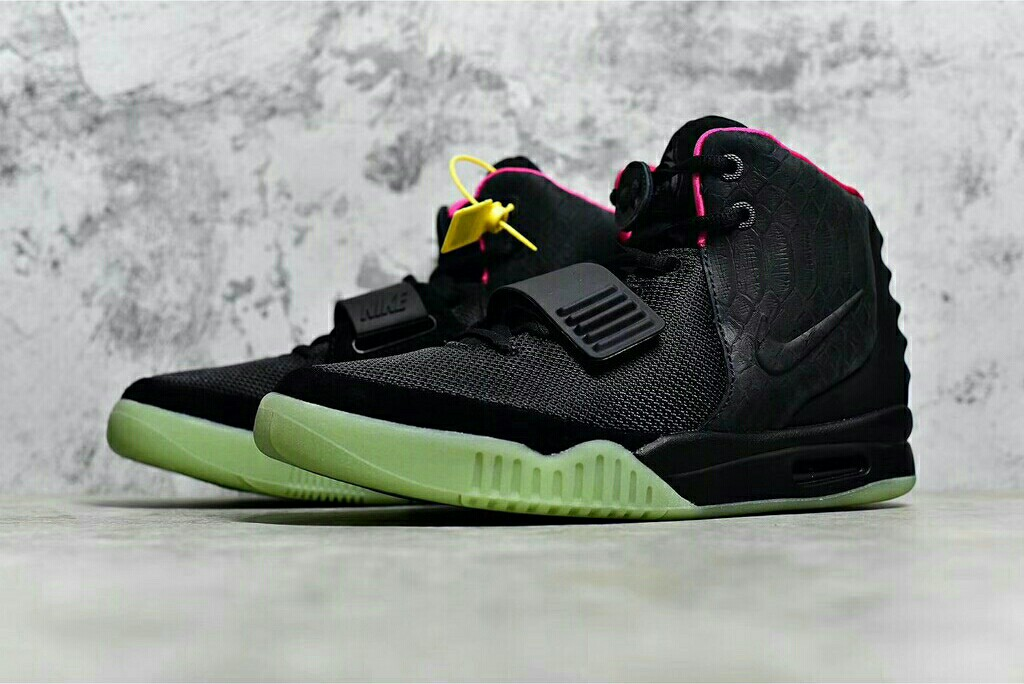 size 40 4294b 7083d Nike Air Yeezy 2 Black Solar Red, Men s Fashion, Footwear, Sneakers ...