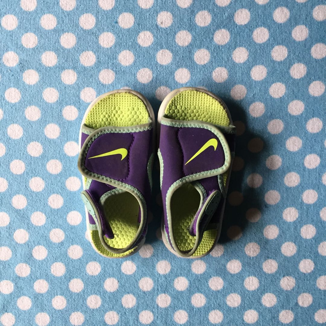 5090ac03fa34 Nike sandals