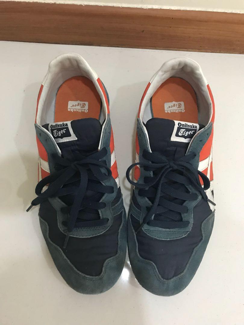 b531ea2609f4 Onitsuka Tiger Men s sneakers