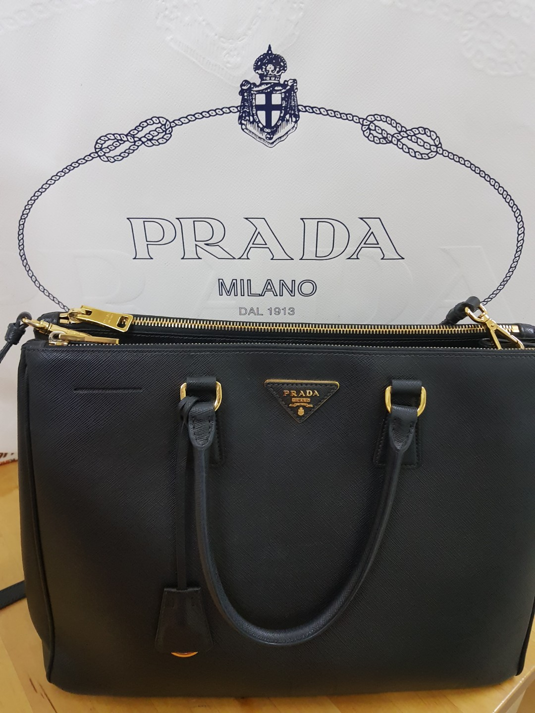 23134ebce7703a Prada Bag Classic (Authentic), Women's Fashion, Bags & Wallets ...