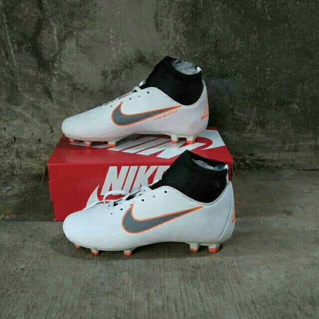 4a90993a2993 SEPATU BOLA NIKE MERCURIAL X, Sports, Other Sports Equipment on Carousell
