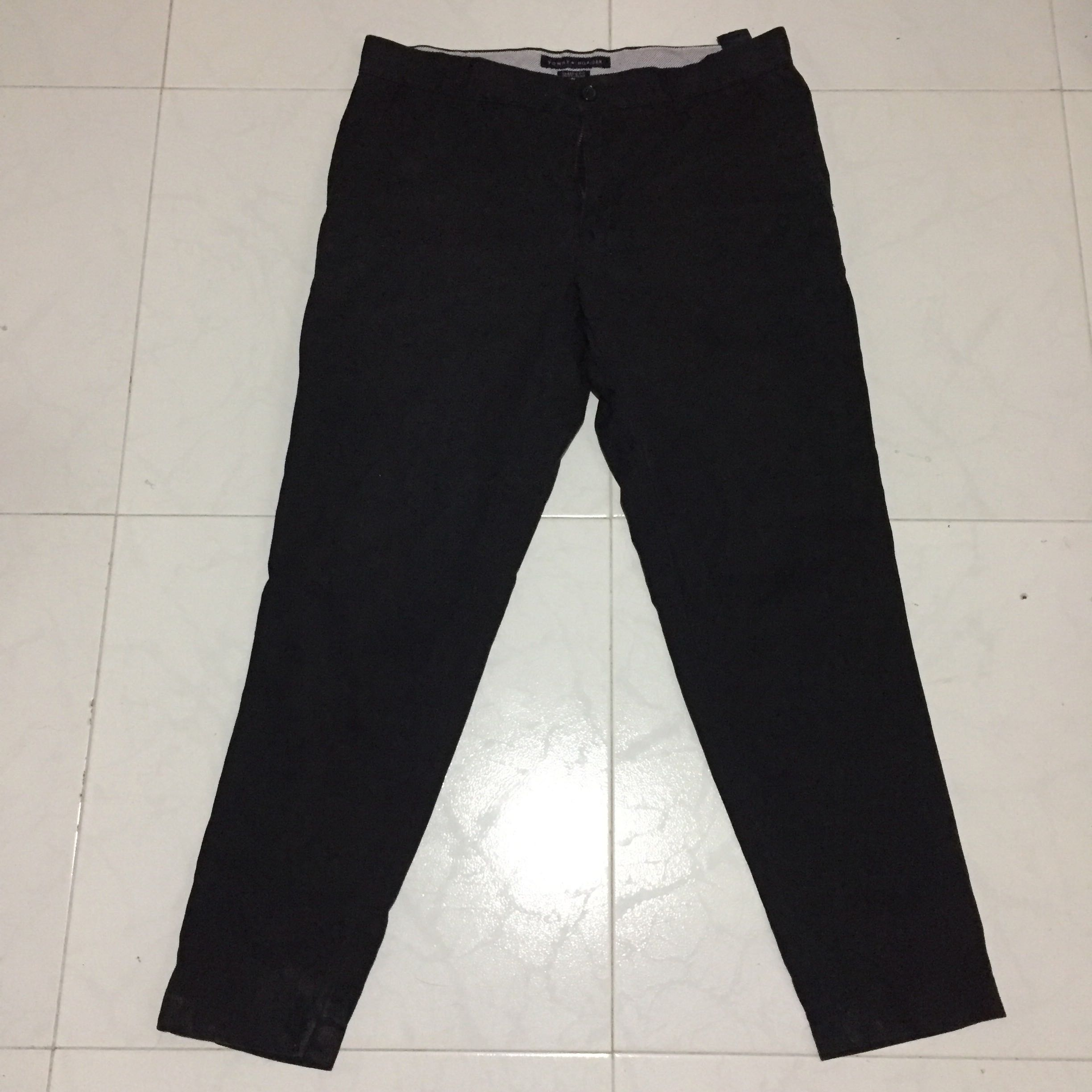 eb1c2bd75 Tommy Hilfiger Black Pants, Men's Fashion, Clothes, Bottoms on Carousell