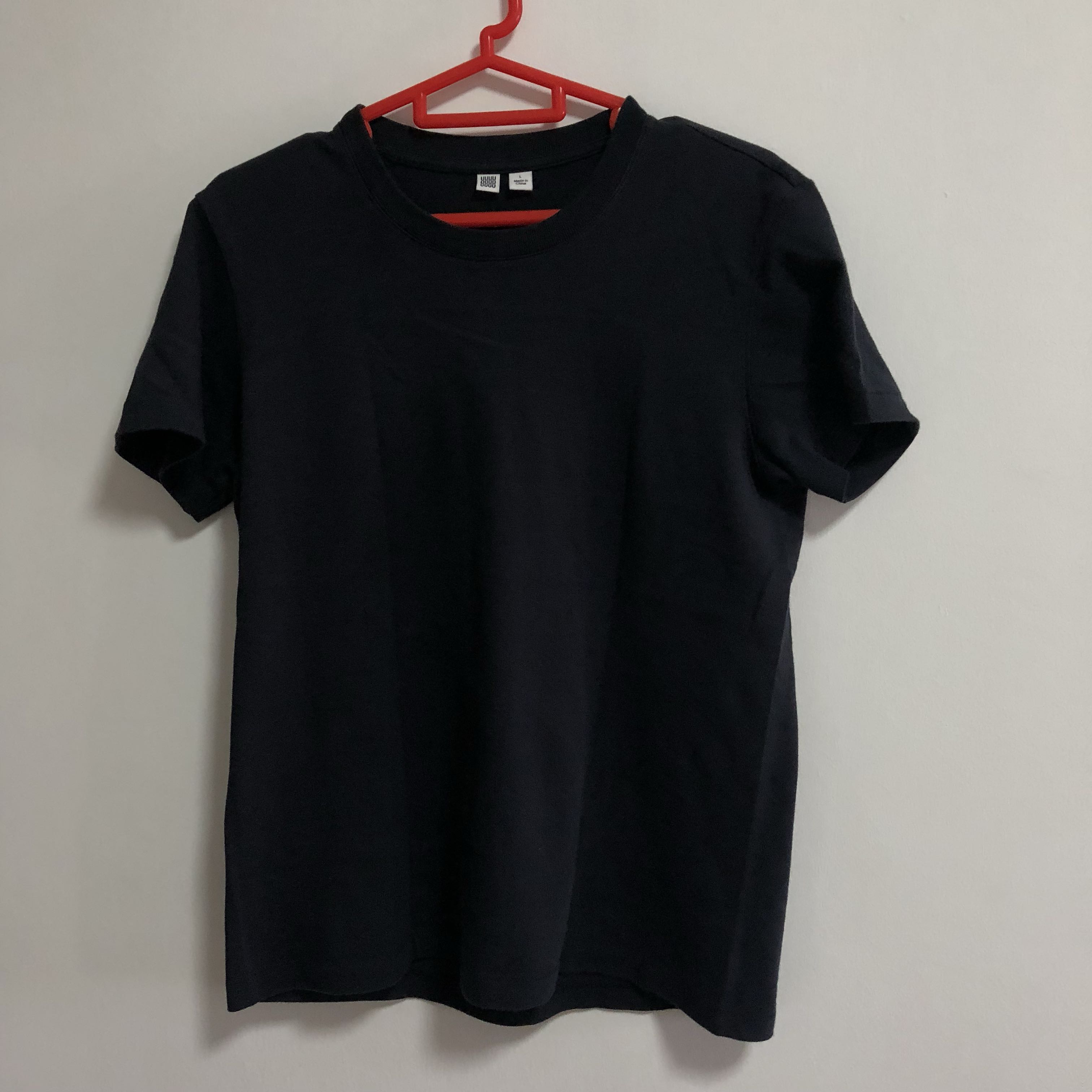 0efd2a4da Uniqlo U Crew Neck Short Sleeve Black Tee