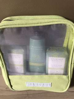 Crabtree & Evelyn - Pear & Pink Magnolia gift set