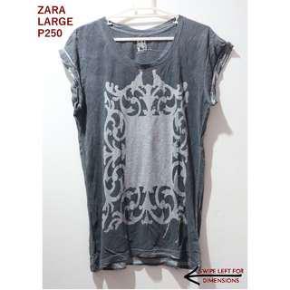 Zara Printed Gray Graphic Distressed Tee