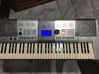 Keyboard Yamaha E403