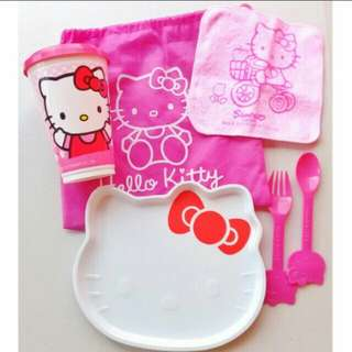 HELLO KITTY MEAL TIME FEEDING SET PLATE CUP SPOON FORK WIPE CLOTH DRAWSTRING BAG (PINK)