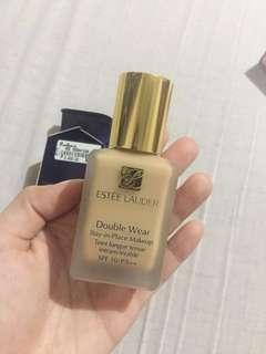 Estee Lauder Double Wear Shade: 3w1 Tawny