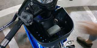 Yamaha Sparks front box