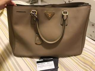 80% new Prada Handbag