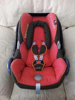Maxi Cosi Red Chilli