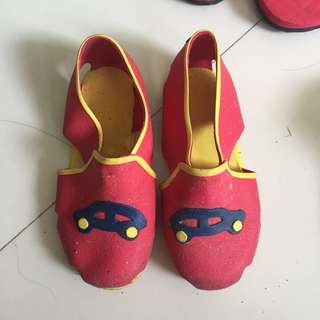 Rubber shoes for baby